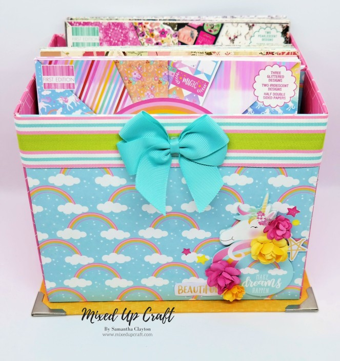 """Large Storage Box for 8"""" x 8"""" Paper Packs."""